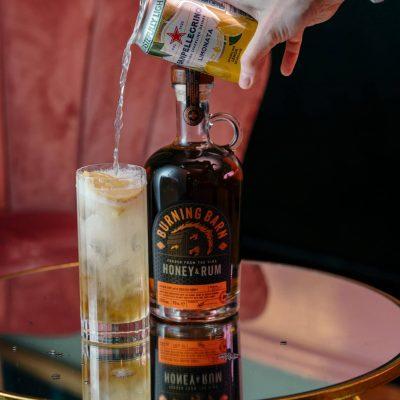 Burning Barn Rum - Honey & Rum Liqueur - Flavoured Rum Drinks. Perfect for Cocktails