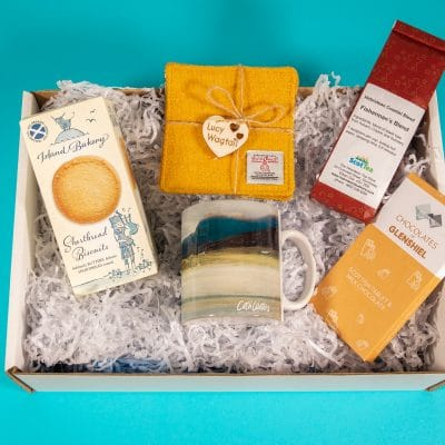A Whale of a Time - Tea Box with biscuits - Best Tea Gift Box - Gift boxes for tea lovers
