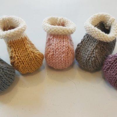 Daisy Dumpling - Falkland Islands Wool Baby Booties - A Pair of Baby Booties - Soft Baby Booties