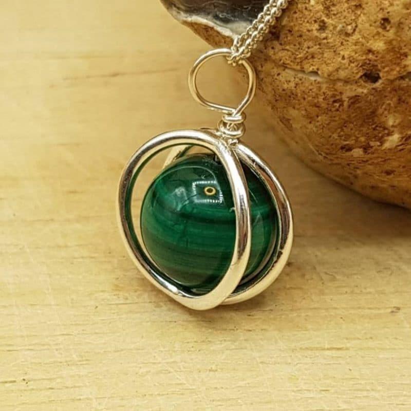malachite circle pendant